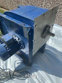 Ventilateur Industriel Centrifuge, Souffleur, Et Moteur D'induction De 3ph D'alpak, 2800 Rpm, 1.1kw